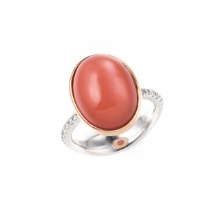 ユンヌピエールアンプリュスのオリジナルドルチェリングのオレンジムーンストーンの指輪の画像