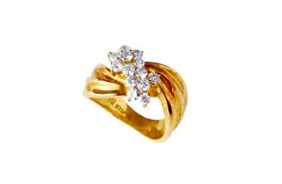 ご主人様から贈られたリングをリフォームしたダイヤモンドリング