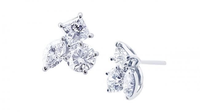 眠ってたダイヤモンドが新しいデザインのピアスに蘇りました。