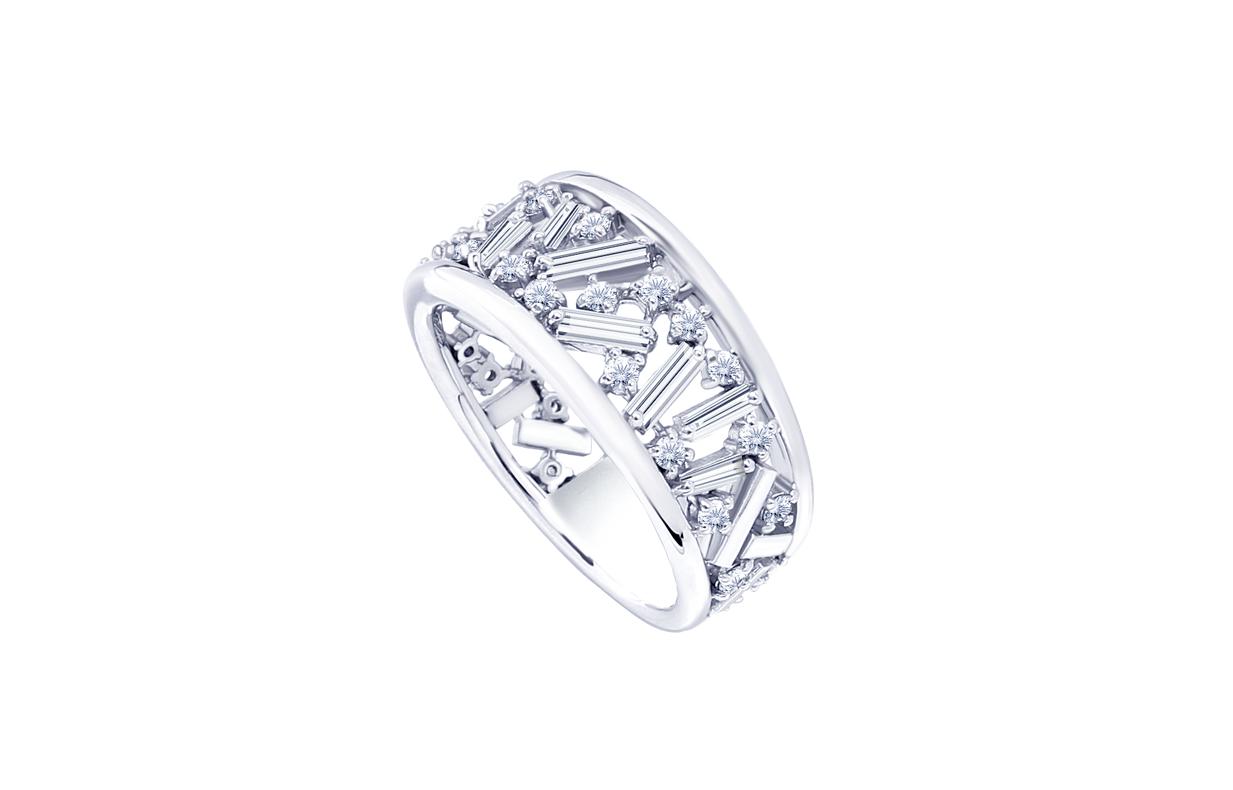 テーパーカットダイヤ&メレダイヤを使ったリフォームリングです