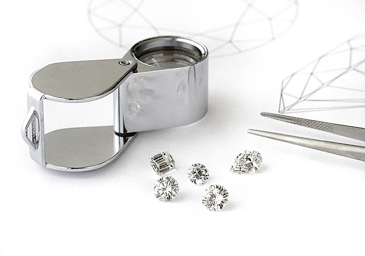 ユンヌピエールアンプリュス では定期的にダイヤモンド講座を開催しています