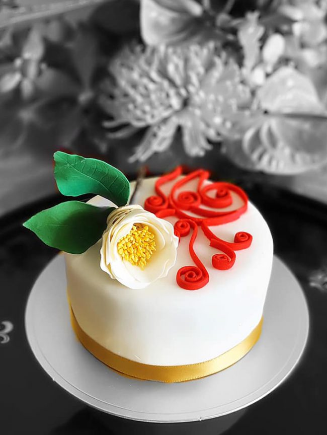 ユンヌピエールアンプリュス は1月5日に始まりました。お正月ケーキです。