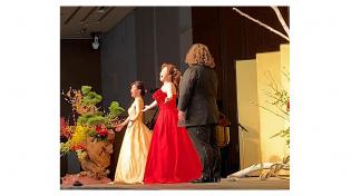 オペラ歌手によるパフォーマンスもありました
