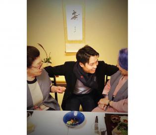 大阪より次男がサプライズ参加の大祝宴でした