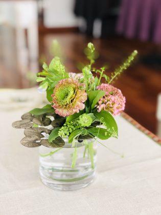 銀座ジュエリーサロンの花です。