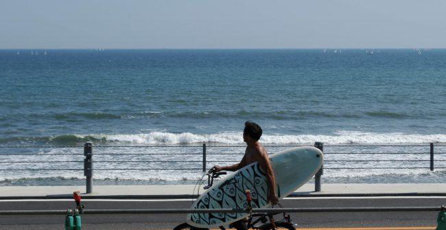 青い空、青い海。