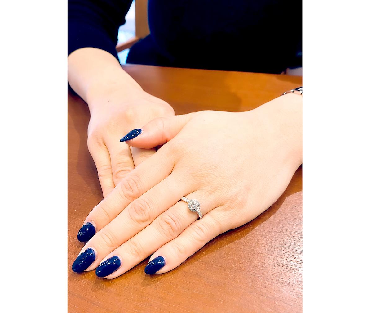 銀座ユンヌピエールアンプリュス にて婚約指輪が出来上がりました